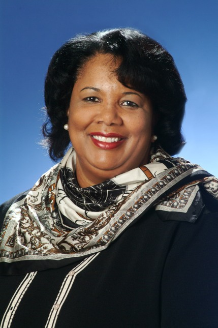 Representative Yvonne Davis Announces 0,000 2015-2016 Urban Scholarship Fund | Dallas South News