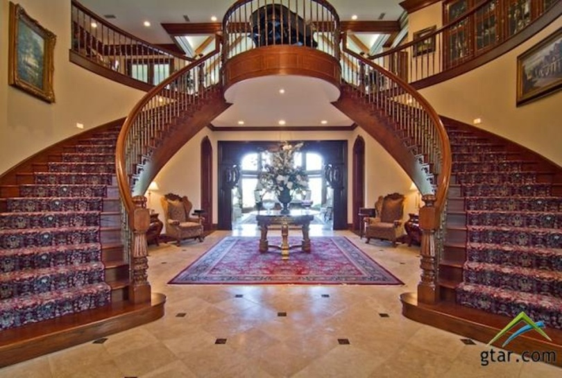 Villa Maria Ranch – A .5 Million Estate In Sulphur Springs, TX | Homes of the Rich – The #1 Real Estate Blog