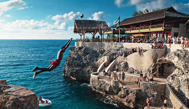 ricks_cafe_jamaica_cliff_diving-falmouth-jamaica